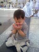 Anak berdoa: pendidikan kedisiplinan penting sejak dini