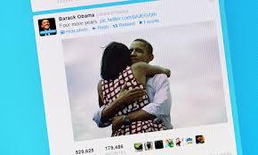 Obama dan Michelle - setelah terpilih untuk kedua kalinya - fotonya beredar luas di media sosial