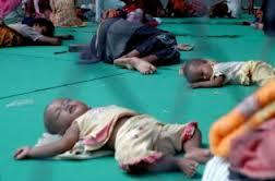 Bayi-bayi pengungsi di GOR Sampang: haruskah mereka bernasib begitu?