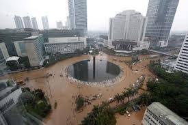 Banjir di Bundaran HI: berdampak pada bisnis di Tanah Abang, dan Thamrin City