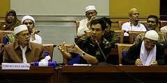Munarman SH: ke mana media?