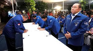 Penandatanganan Pakta Integritas di depan SBY