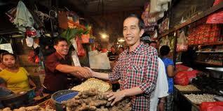 Jokowi di sebuah pasar: reputasi, bukan pencitraan.
