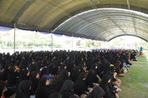 Santriwati di Ban Tan (foto dari halaman Facebook: http://www.facebook.com/pages/Pondok-Bantan/249329796669?fref=ts )