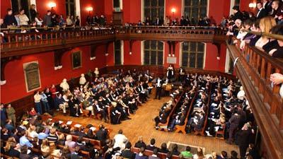 Suasana Debat di Oxford