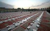 Iftar di Masyhad : 12.000 orang