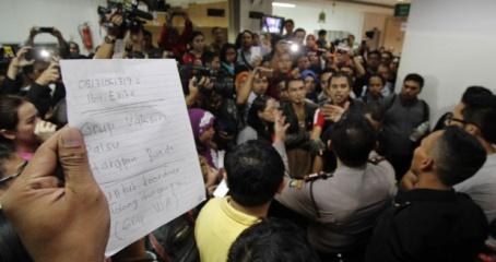 Masyarakat protes Vaksin Palsu - foto Tempo